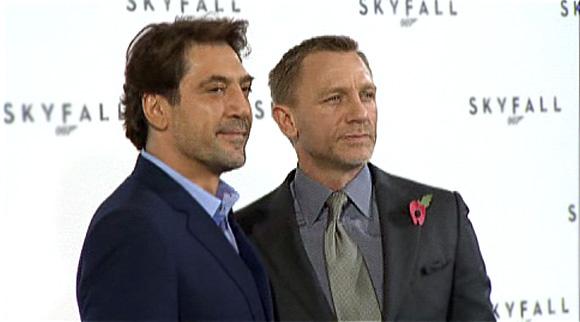 SkyFall-James-Bond-Daniel-Craig-Javier-Bardem.jpg